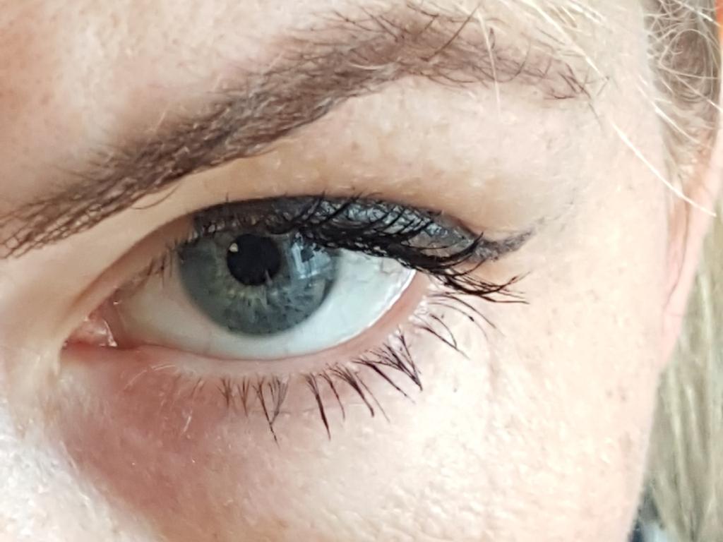 delphine-eyeliner-15-001